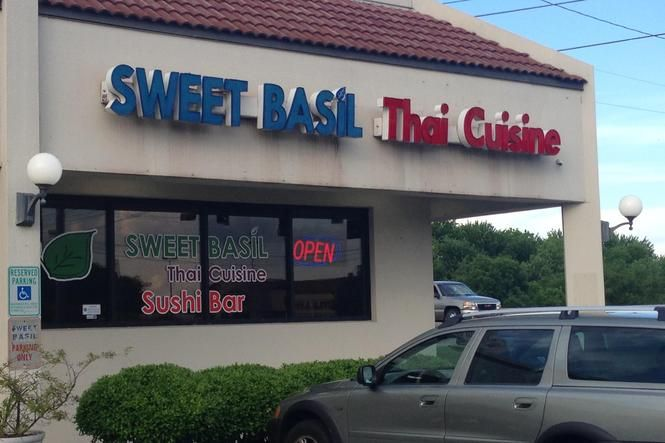 Date Night Dining: Sweet Basil Thai Cuisine | Nooga.com