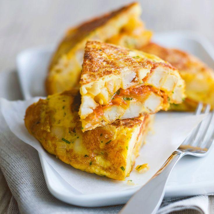 Découvrez la recette Tortilla espagnole aux pommes de terre sur cuisineactuelle.fr.