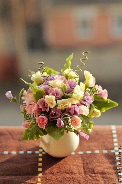 Clay handmade flowers by Grotta. Handmade.