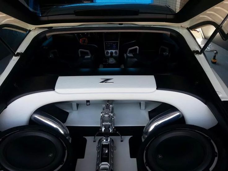 Nissan 350z black and white boot interior cars trucks for Interieur 350z
