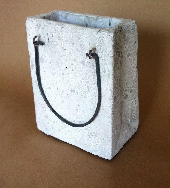 Maceta bolsa de la compra en cemento   -    Cement Shopping Bag Planter…
