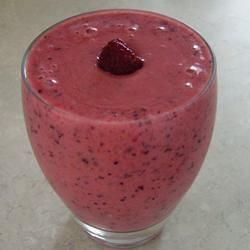 Strawberry yoghurt smoothie @ allrecipes.co.uk