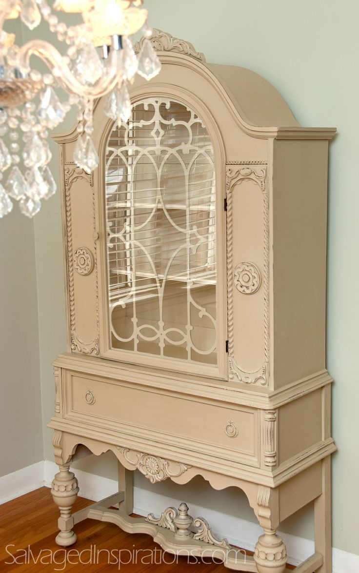 A Small World and a Custom Chalk Painted China Cabinet - Salvaged  Inspirations - 40 Best Painted China Cabinets/Hutches Images On Pinterest