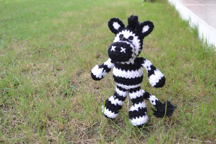 Jungle Animals to Knit and Crochet – Zebras – 20 free patterns – Grandmother's Pattern Book