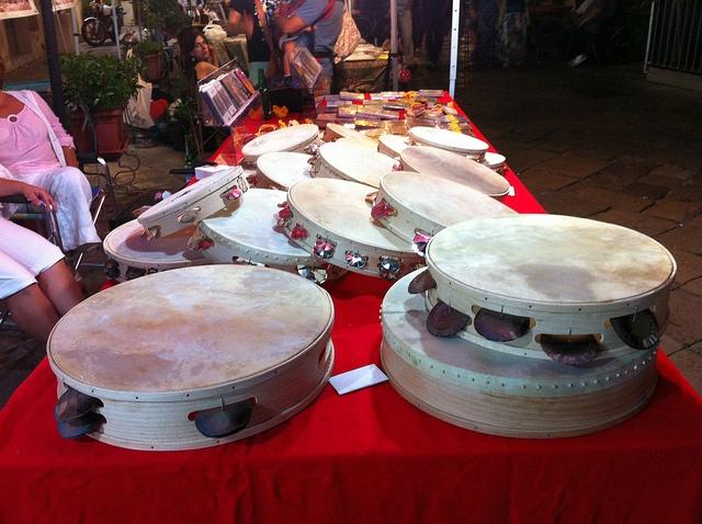 Immancabili i tamburelli per la Festa di San pietro e Paolo, Galatina.