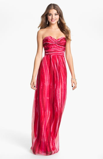 Laundry by Shelli Segal Strapless Twist Front Chiffon Gown | Nordstrom