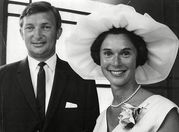 Richie Benaud marrying Daphne Elizabeth Surfleet in 1967 - Telegraph