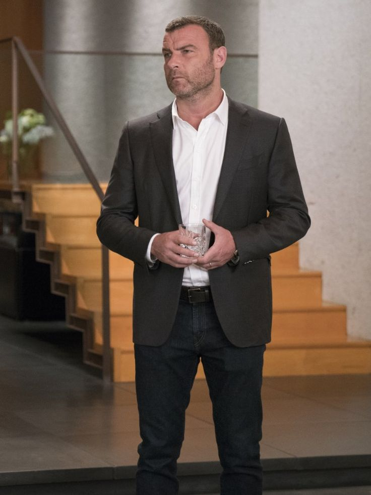 9 best ray donovan clothing style images on pinterest ray donovan liev schreiber and be better - Liev schreiber ray donovan season 3 ...