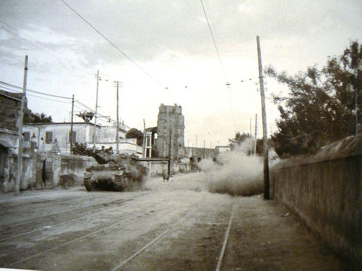 immagini degli scontri del 3 - 4 giugno '44:Via Tuscolana