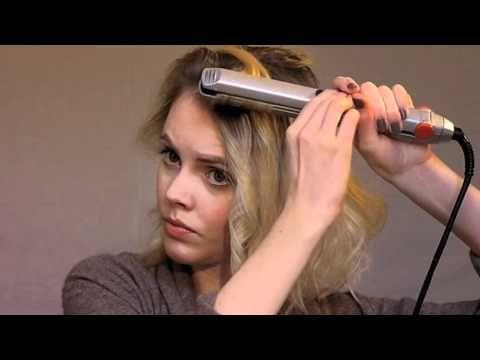 Cheveux: carré ondulé avec un fer à lisser