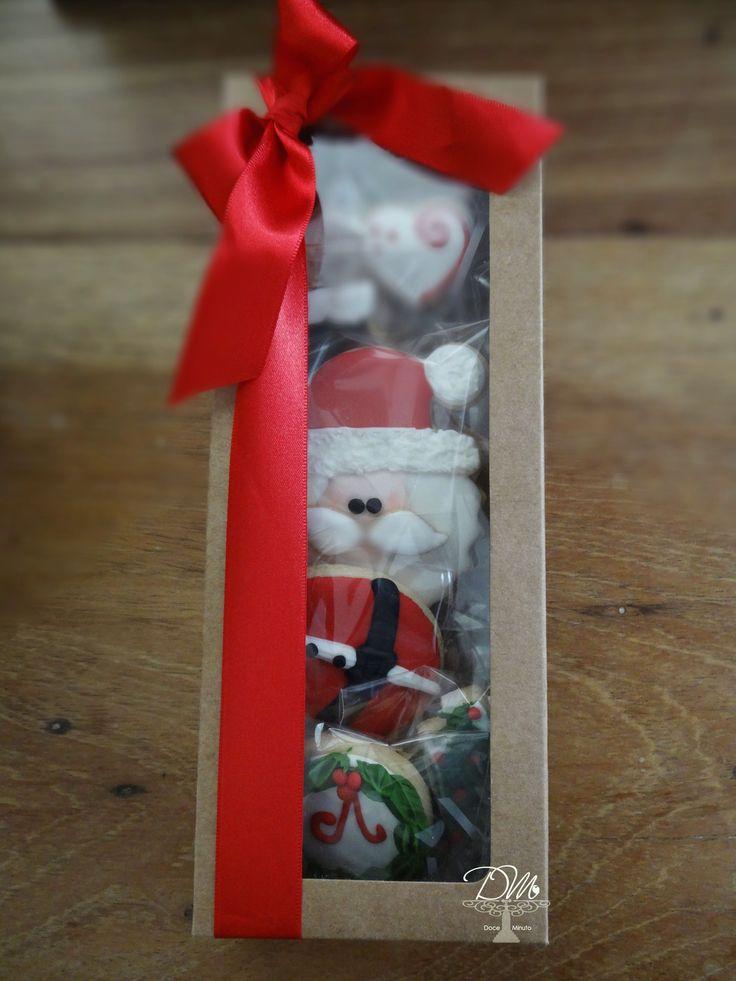 Cookies decorados para o Natal. Decorated Cookies for Christmas.