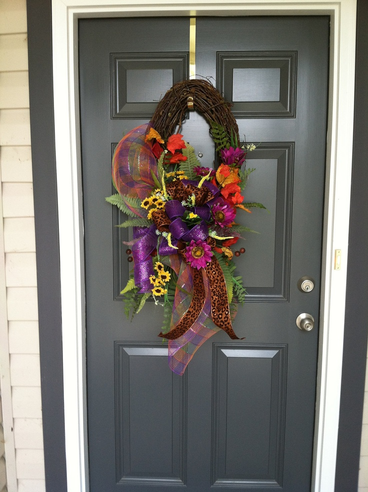 Fall Grapevine Wreath 60 00 Via Etsy Fall Crafts