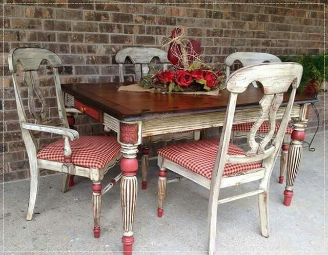Chalk Painted Red And White Table