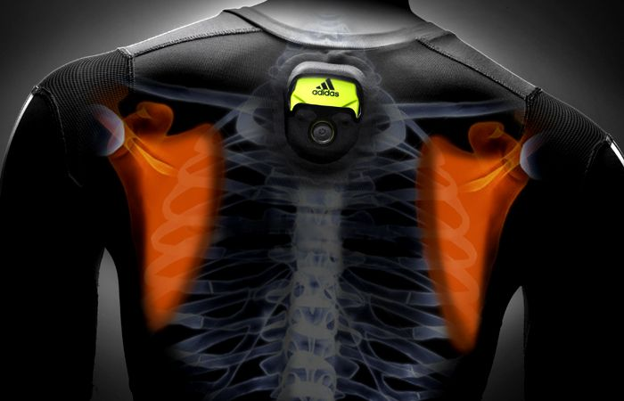 Our guide of the best smart clothing features the top connected threads for tracking biometrics, keeping you warm and more.. #SmartClothing #SmartClothes #WearableTechnology