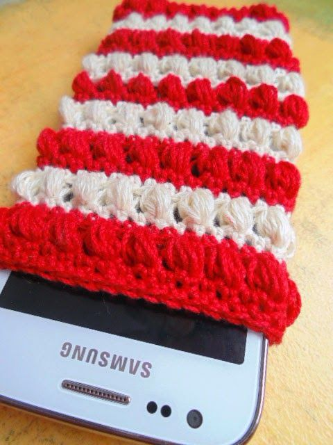 Crocheted cell phone pouch