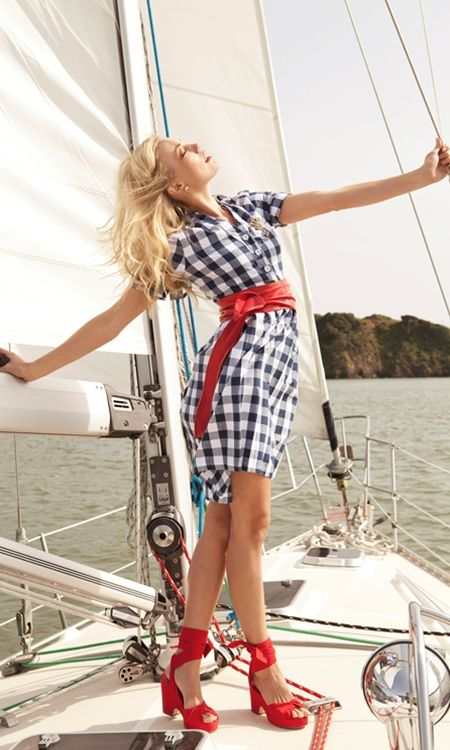If I'm ever forced on a boat, I would wear this...