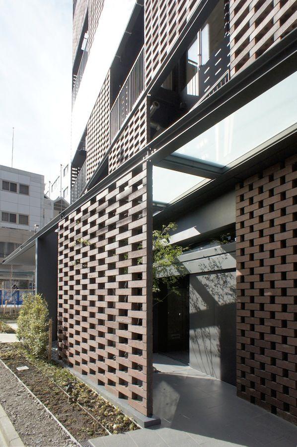 #facade AKASAKA BRICK RESIDENCE / KINO architects