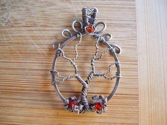 Ciondolo albero della vita di argento artigianale ossidato filo avvolto ciondolo Swarovski cristallo opale di fuoco filo avvolto gioielli fatti a mano