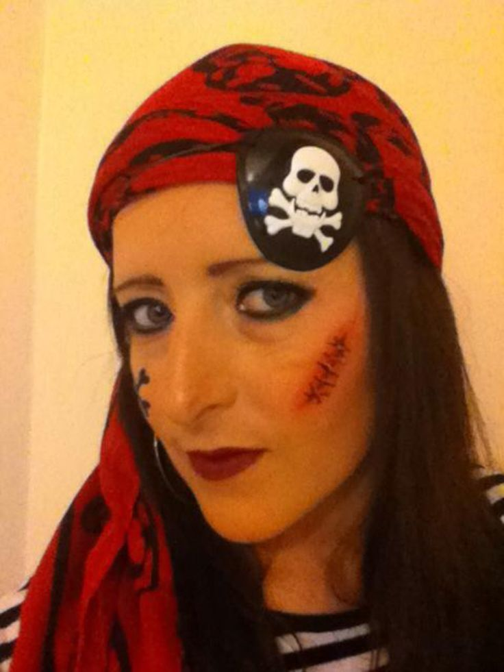 Female pirate, face paint, make up