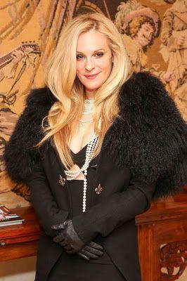 Times Square Gossip: HOMAGE TO CONSUELO VANDERBILT COSTIN FASHION