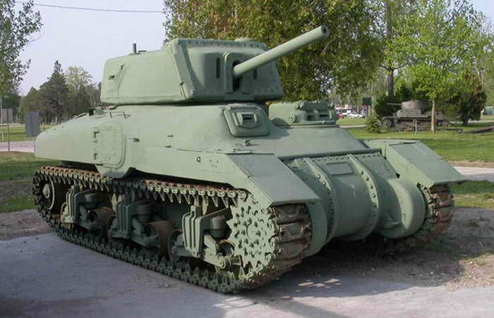 Surviving example of the M4A5 Medium Tank / Ram Mk.II Cruiser Tank early production version - auxiliary gun turret on Left Side of Hull and Side Doors