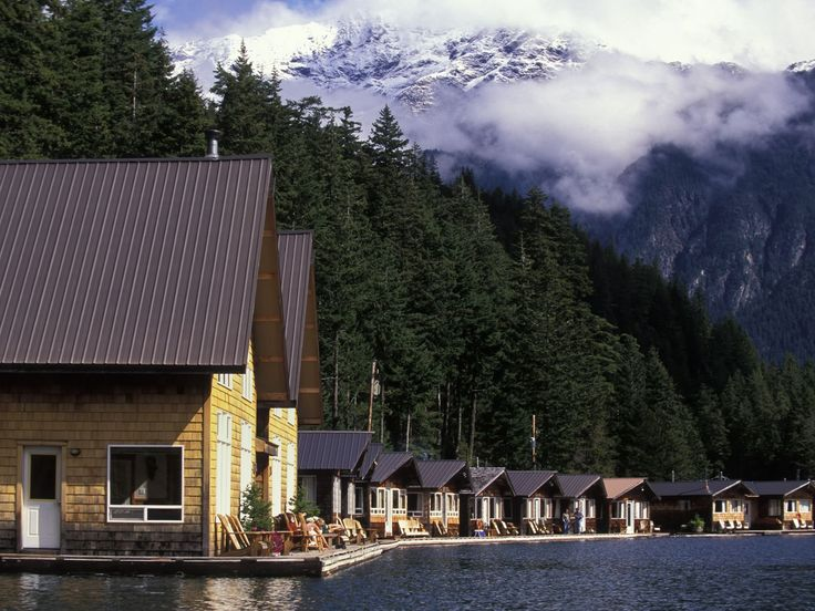 Ross Lake Resort in Washington consists of cabins built on floating docks cabled to huge cedar logs.