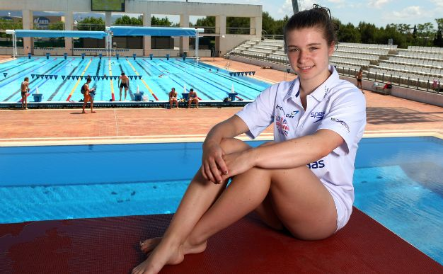 Diving: Hannah Starling makes history with springboard bronze