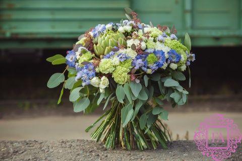 Букет Турбуленс из живых цветов купить с доставкой в Москве