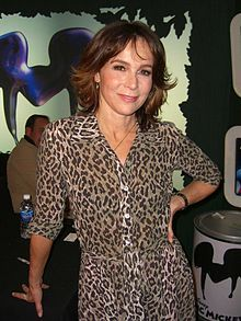Jennifer Grey wishes she'd stayed natural.