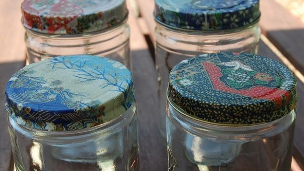 Decorare con il decoupage: il vetro