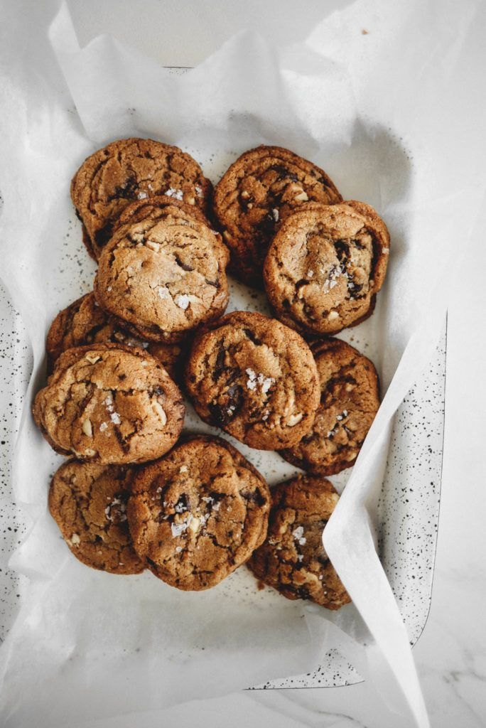 Aesthete label love - Vegan Chocolate Chip Walnut Cookies