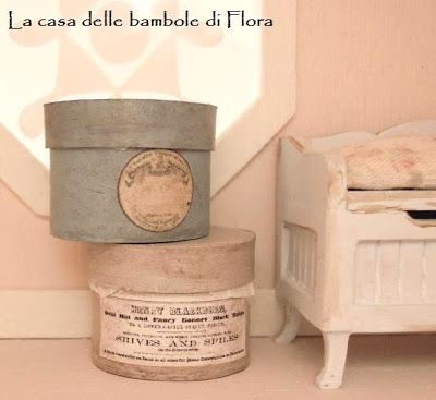 Blog: La Casa delle Bambole di Flora/ The Orchid dolls House. Shabby Chic hat boxes from Annie (GipsyBoudoirMinis)