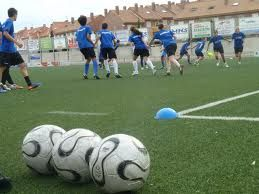 Get the detail information about Football training program, strength sessions and conditioning drills/