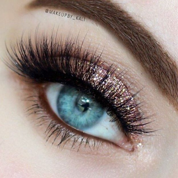 Date Night Looks: Rose Gold Glitter | 7 Eyeshadow Date Night Looks Perfect for Your Valentine's Date