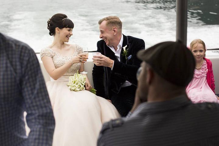 Real wedding: sul lago di Como un matrimonio da sogno dai toni rosa, fucsia e viola