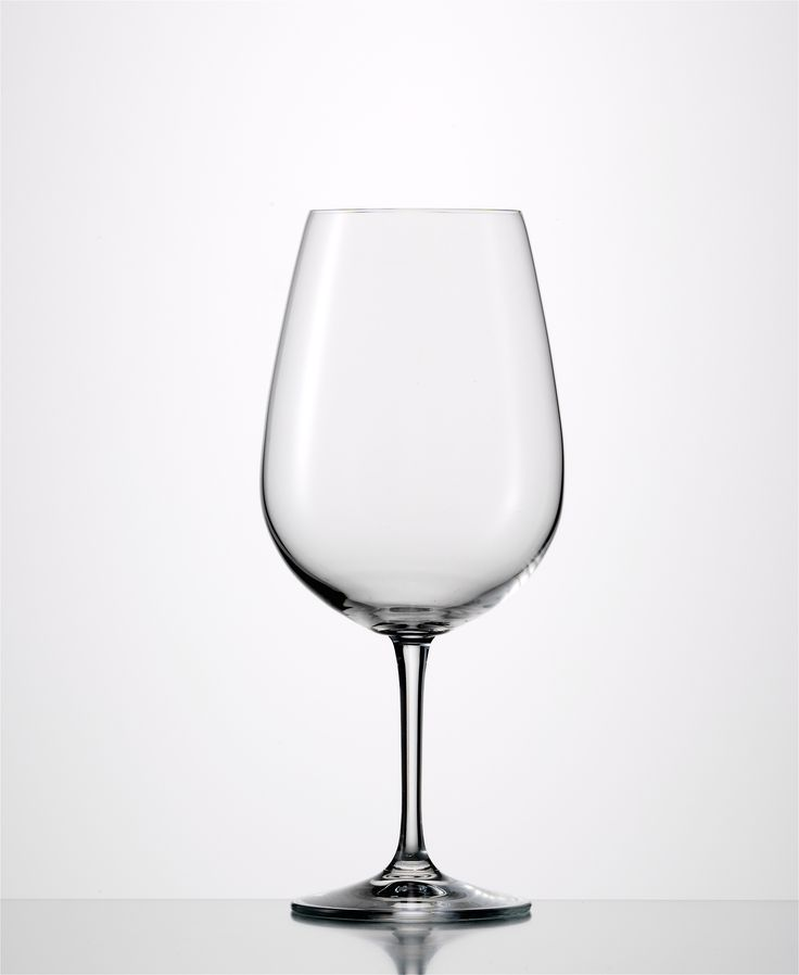Sensis Plus Vino Nobile Bordeaux  Sensis Plus Glass: Enhance aromas and flavours while preserving the original character of the wine Lead-free crystal Made in Germany Capacity: 25 0z Height: 9″ Dishwasher Safe 6 Pack