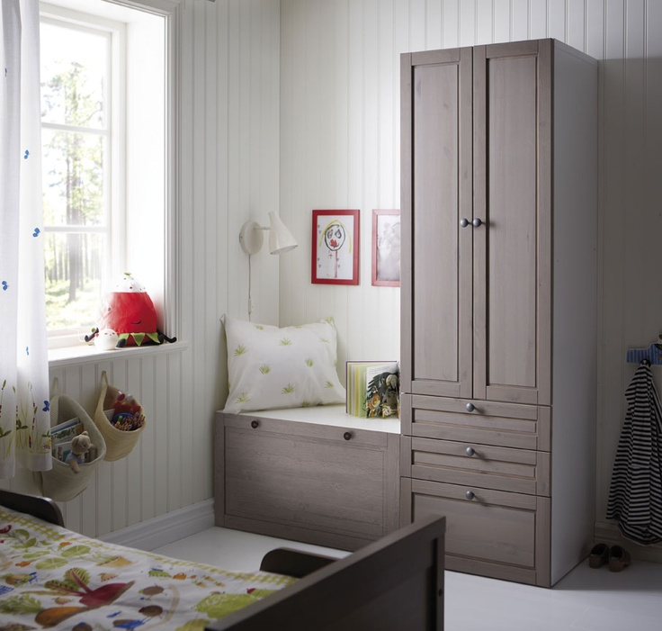 ikea wardrobe and chest makes cozy reading area for the. Black Bedroom Furniture Sets. Home Design Ideas