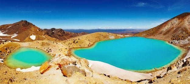 Visiter les Emerald Lakes pendant sa lune de miel en Nouvelle Zélande