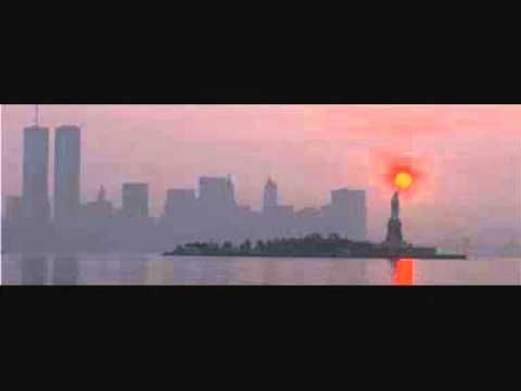 DAVID SHIRE - MANHATTAN SKYLINE. This one is not so unknown, but I haven't heard it for quite a few years, so this awesome Disco melody deserves a big place on this list.
