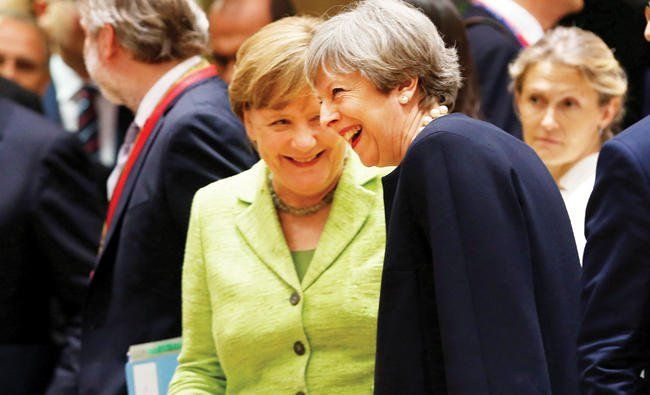 In Brussels, weakened May to offer EU citizens rights http://betiforexcom.livejournal.com/25456494.html  Author:REUTERSFri, 2017-06-23 03:00ID:1498166184788959900BRUSSELS: British Prime Minister Theresa May said at the start of a EU summit on Thursday that she would reassure fellow leaders that her government will protect the rights of their citizens living in Britain after its departure from the bloc. But other leaders, including German Chancellor Angela Merkel and French President…