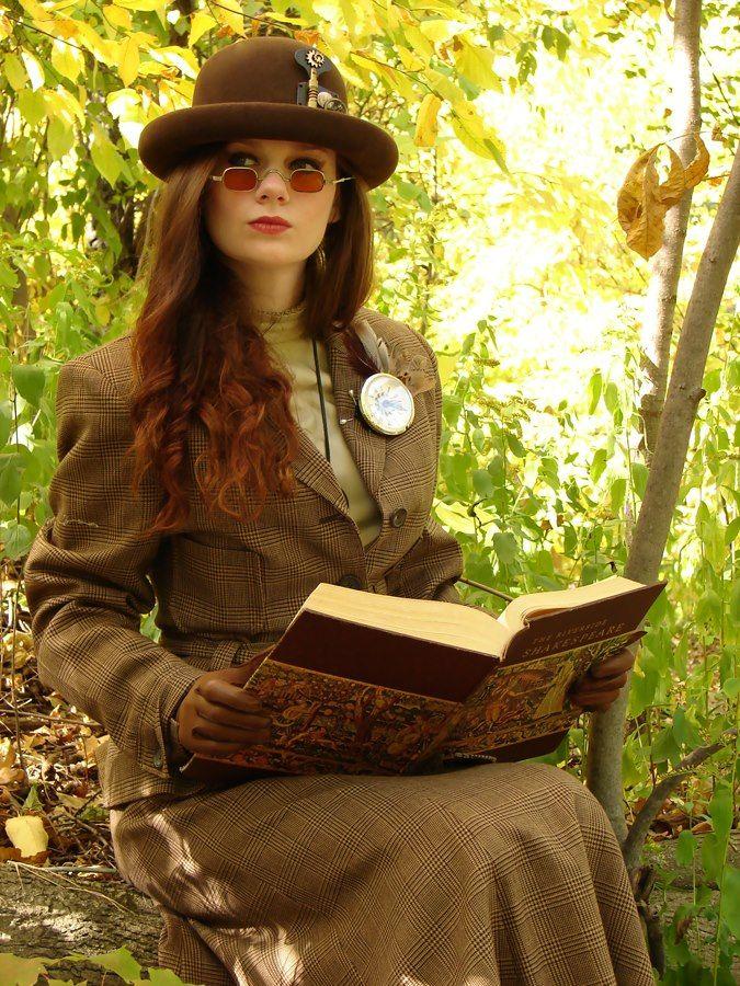 Steampunk reader: Steampunk Biopunk Cyberpunk, Steampunk Fashion, Steampunk Dieselpunk, Steampunk Librarians, Brown Colors, Steampunk Victorian, Steampunk Readers, Steampunk Lite, Steampunk 1800