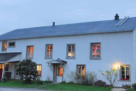 Regardez ce logement incroyable sur Airbnb : Grange et confitures à Saint-Jean-de-l'Île-d'Orléans