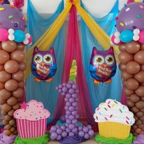 Owl and cupcakes ballons