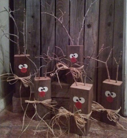 Wood block reindeer by REEcreationsHomeDeco on Etsy