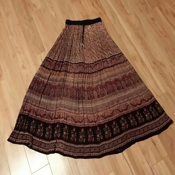 Rayon broomstick skirt Beautiful rayon multicolored broomstick skirt with elastic waist, size medium Skirts A-Line or Full