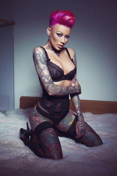 Becky Holt Nude Photos 86