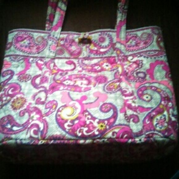 "New Item! XL Vera Bradley Tote Bag NWOT Brand New with out tags. Extra Large Vera Bradley Tote. Fabric. Button closure, 1 Front Pocket, 6 Inside Organizer Pockets, & 1. zipper Pocket on back. Measures Approx: 16""L X 14""H X 6.5"" W X 12"" SD. Very Large! Great Overnight Bag or Shopper!   Open to Reasonable Offers! Vera Bradley Bags Totes"