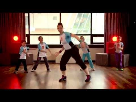 Lève-toi et bouge 2013- Zumbatomic® - YouTube