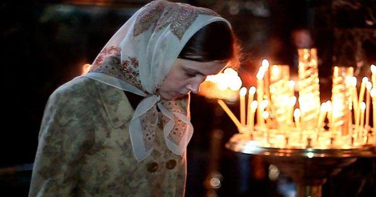 NU ȘTIAI ASTA! Simți sau știi că partenerul te înșală? Iată rugăciunea SOȚIEI ÎNȘELATE! Este PUTERNICĂ și MIRACULOASĂ! VEZI AICI