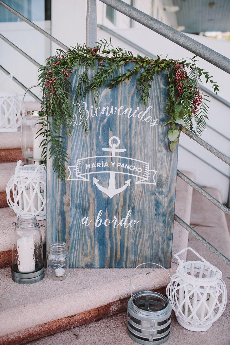 Nautical Wedding, Navy Wedding, Boda Marinera en Santander, Bienvenidos a Bordo // Decorated by @bodasdecuento // Pic by @raquelbenito